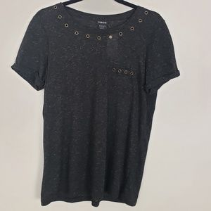 Torrid short sleeve tee-shirt with grommets J15